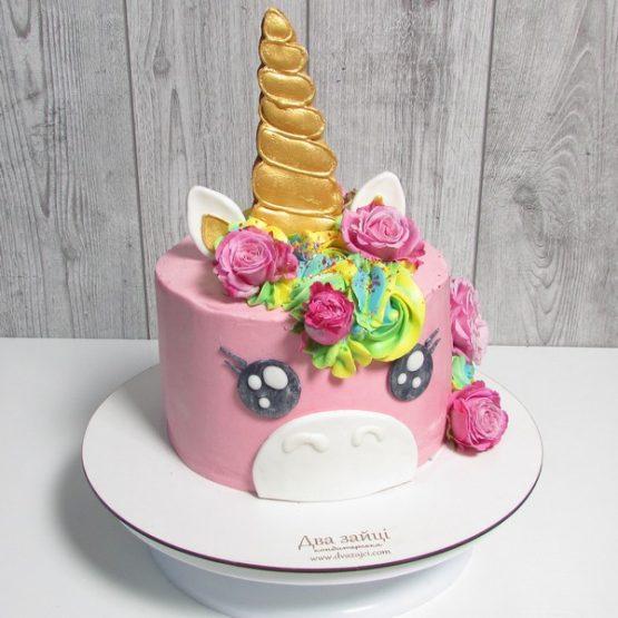 Торт 2 кг Єдиноріг рожевий з мордашкою та квітами
