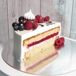 Торт 2 кг. Обличчя дiвчини з ягодами