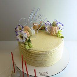 торт з квітами