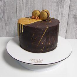 чорний торт з золотом