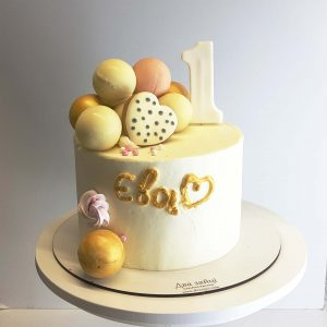 торт на 1 рік